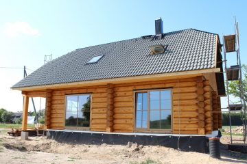Kõlli handcrafted log home
